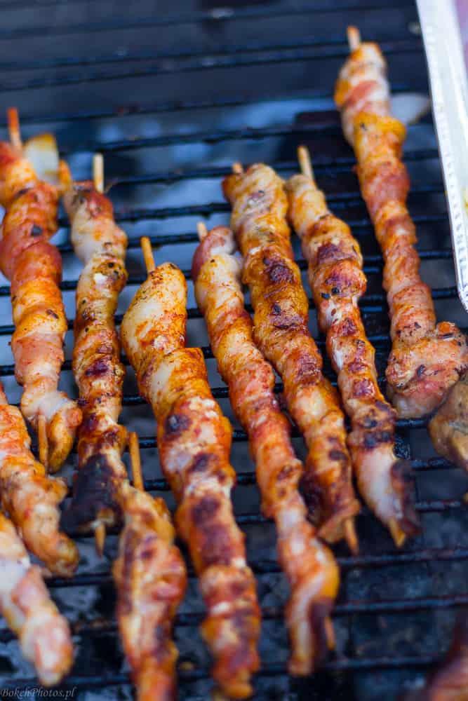 galeria grill inspiracja jedzenie boczek na kiju