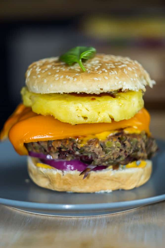 domowy burger bekon smalec zdjecia potraw gotowania fotografia kulinarna fotokulinaria