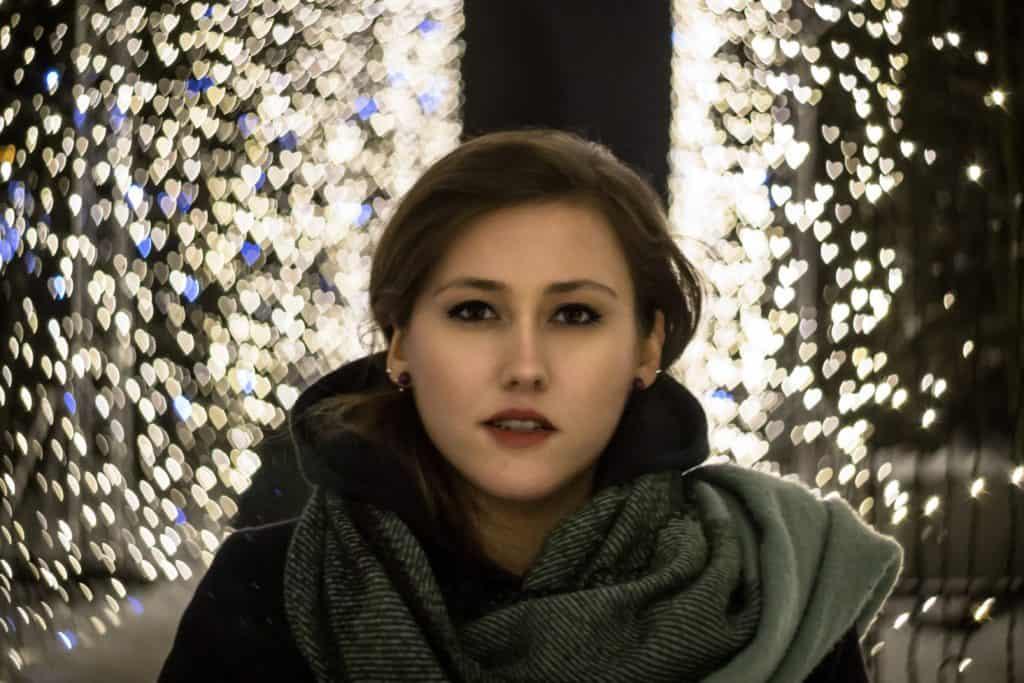 jak zrobić nocny portret noc ela modelka tamron 90m