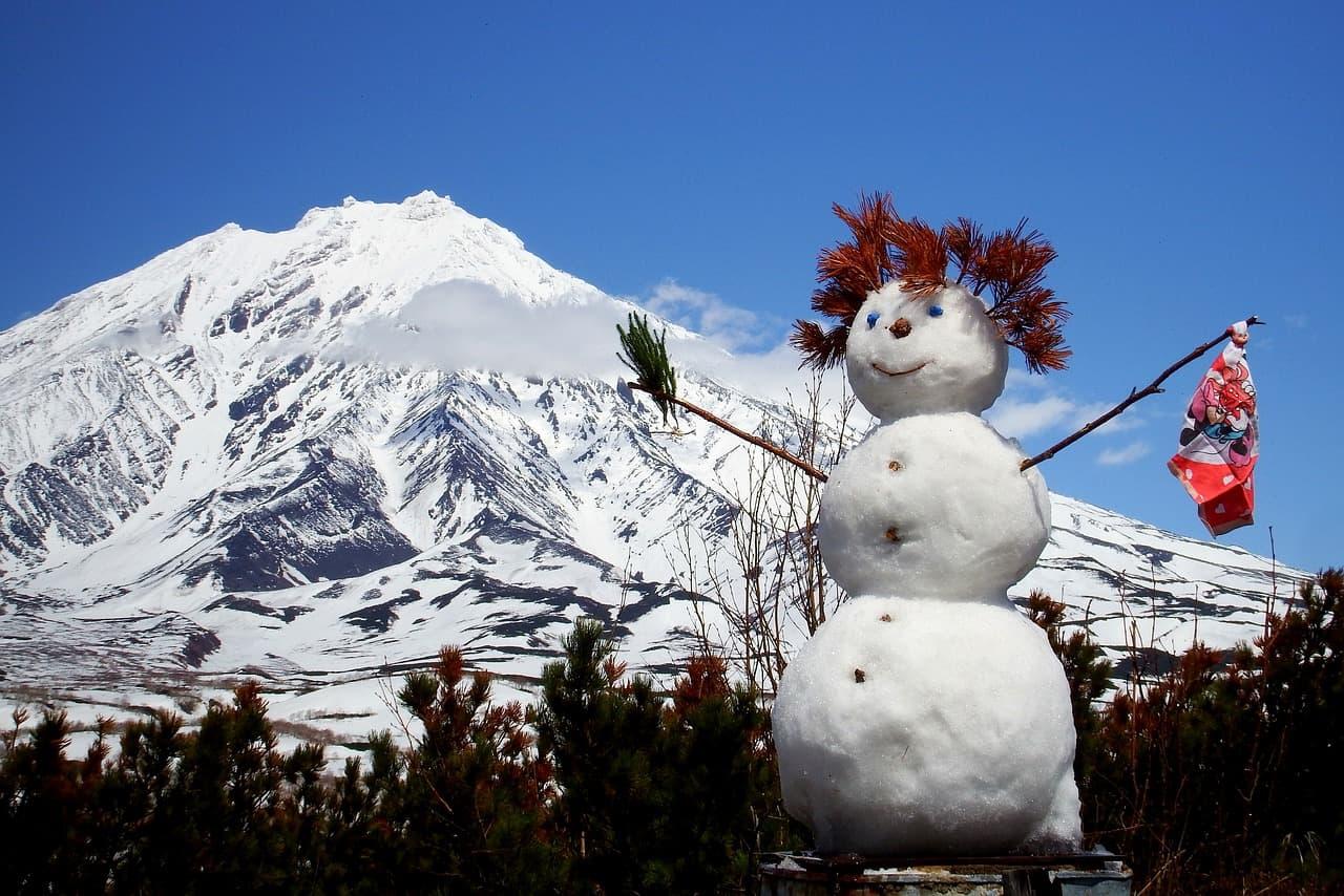 ea34b70d2cf0003ecd0b470de7444e90fe76e7d71bb211489cf6c1 1280 snowman - Sesja zimowa - jak robić zdjęcia zimą