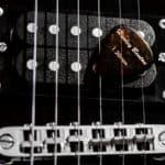 Foto wyzwanie fotografia produktowa dzień drugi kostki do gitary 6 150x150 - Wyzwanie fotograficzne fotografia produktowa