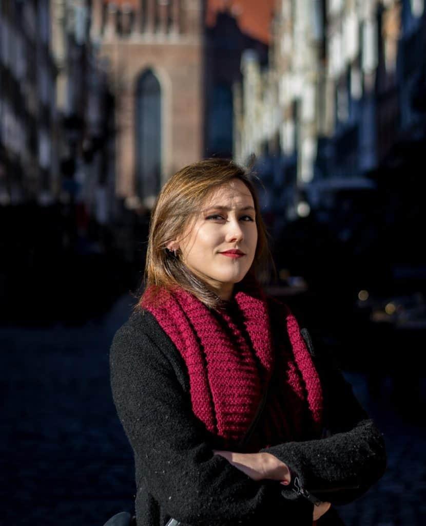 Portret Ela Gdańsk Portrait Pro 4 830x1024 - Zdjęcie portretowe w mieście