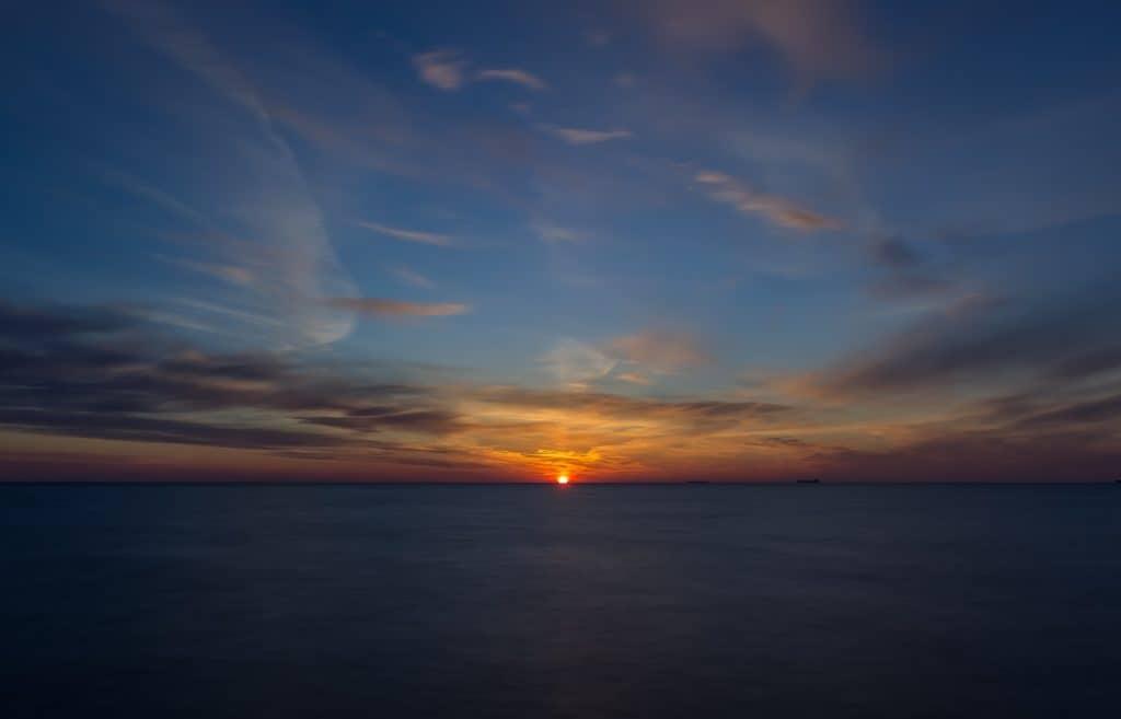 Długi czas naświetlania filtr Hoya ProND 1000 wschód słońca Sopot molo 6 1024x657 - Długi czas naświetlania zdjęcia - 3 długie ekspozycje!