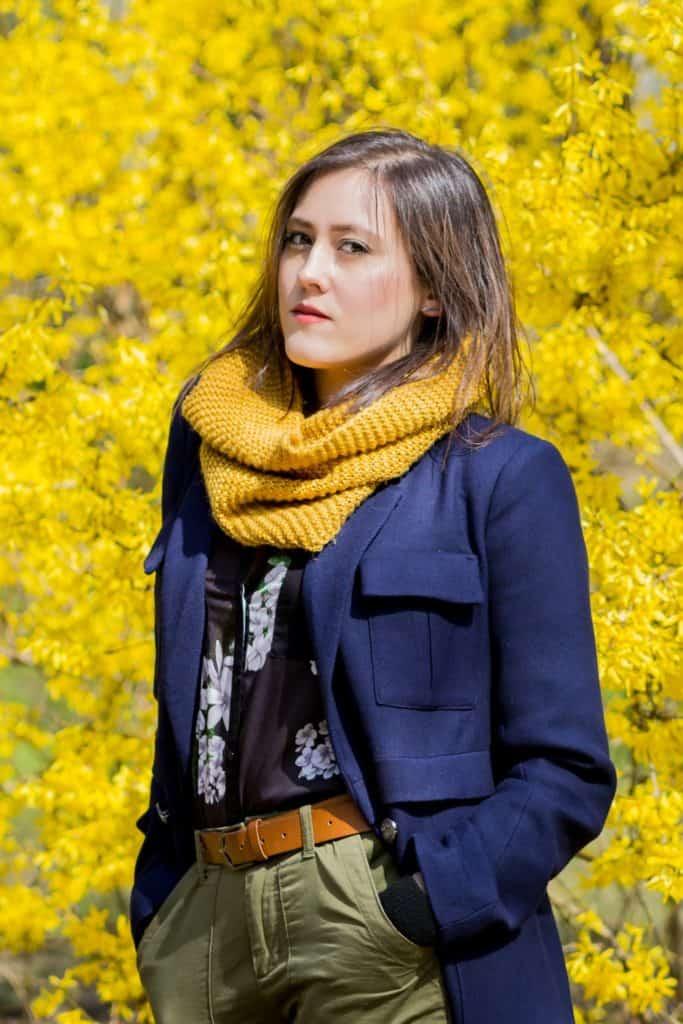 Wiosenny portret moda i kwiaty la Ell 16 683x1024 - Wiosenny portret z kwiatami