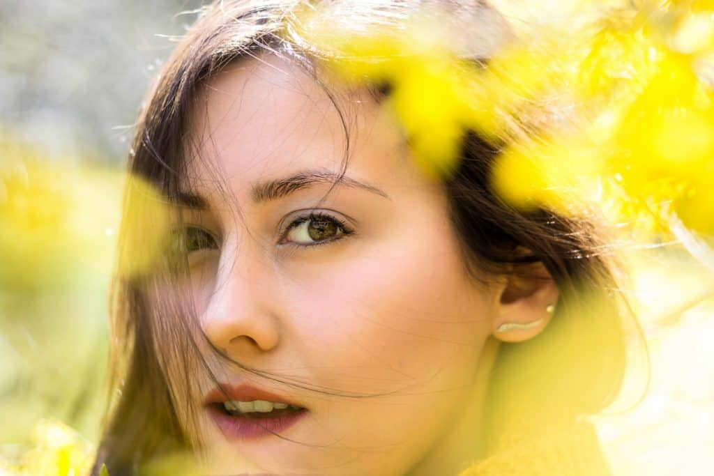 Wiosenny portret moda i kwiaty la Ell-5