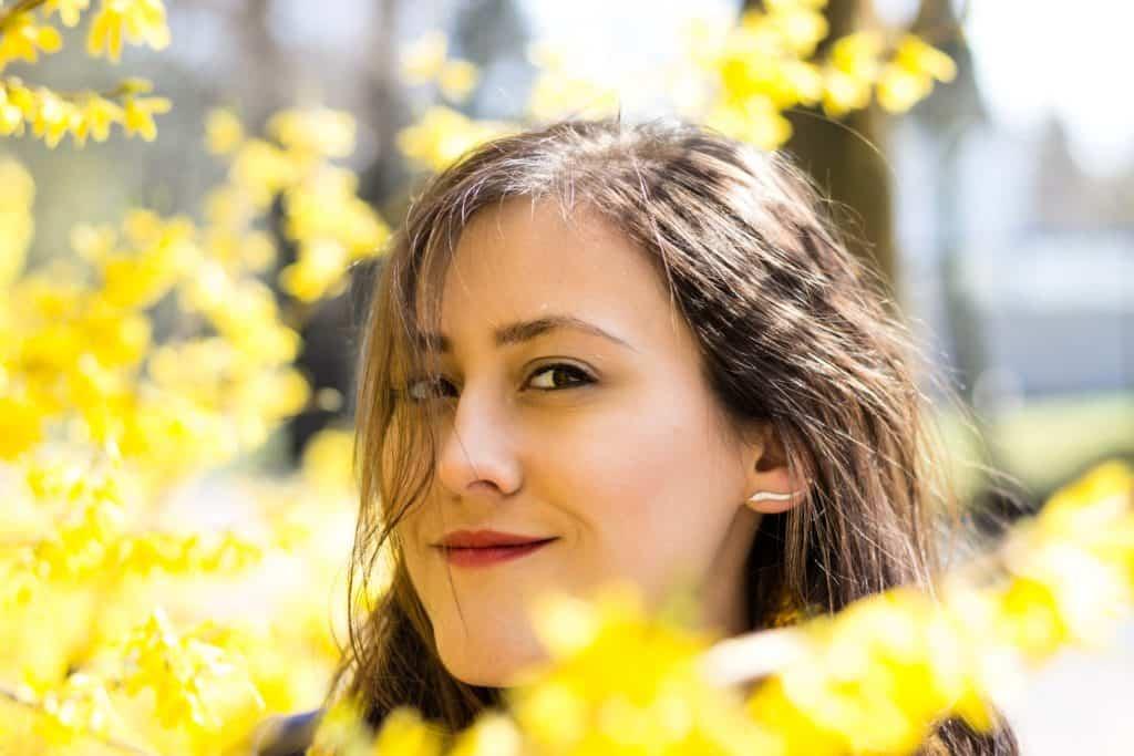 Wiosenny portret moda i kwiaty la Ell 8 1024x683 - Wiosenny portret z kwiatami