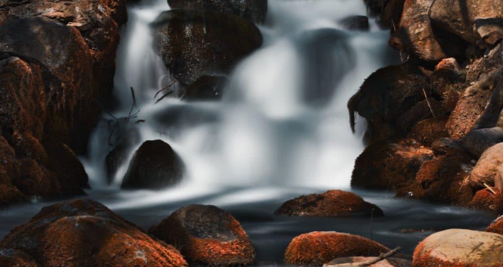 długi czas naświetlania przykład koloryzacji fotografii rdza i pomarańcz 1024x544 - Kolorowanie zdjęć czyli koloryzacja fotografii