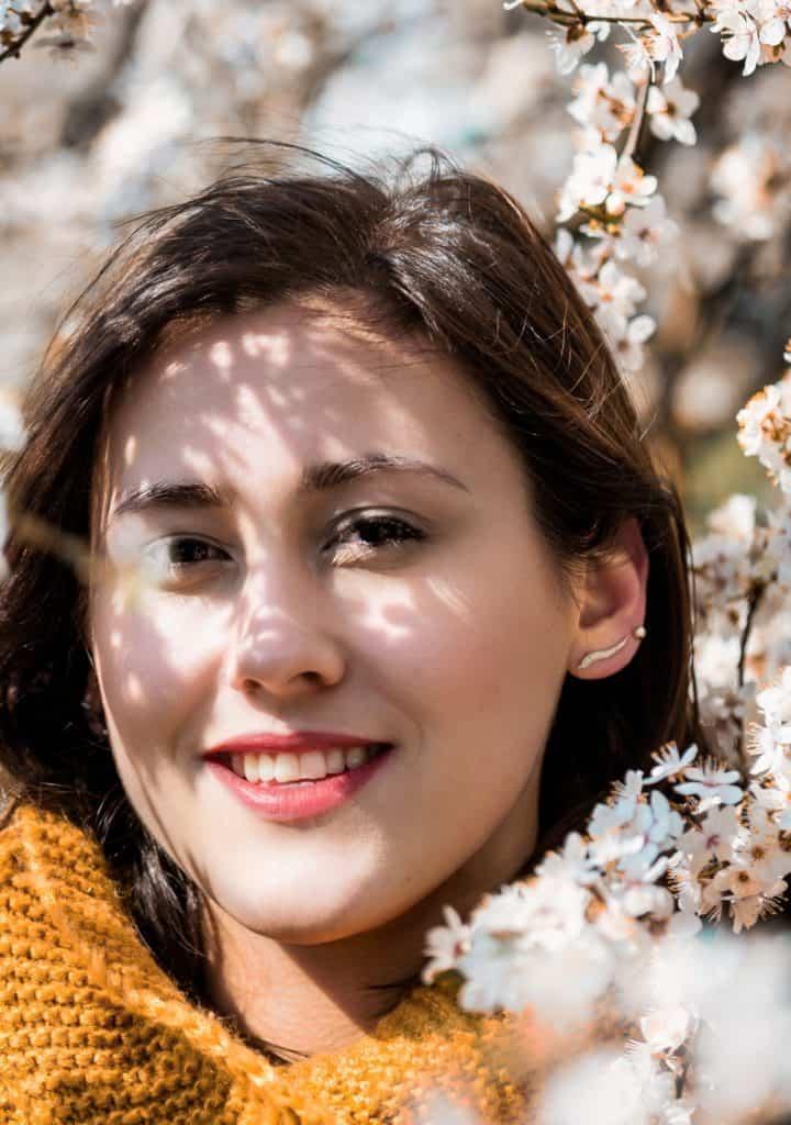 kolorowanie zdjęć maskowanie wartw 720x1024 - Wiosenny portret z kwiatami