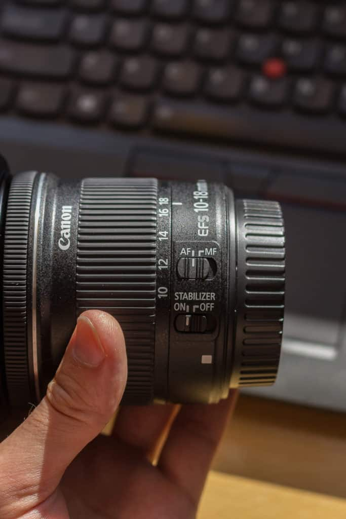 Canon obiektyw szerokokątny Canon 10-18mm przełączniki