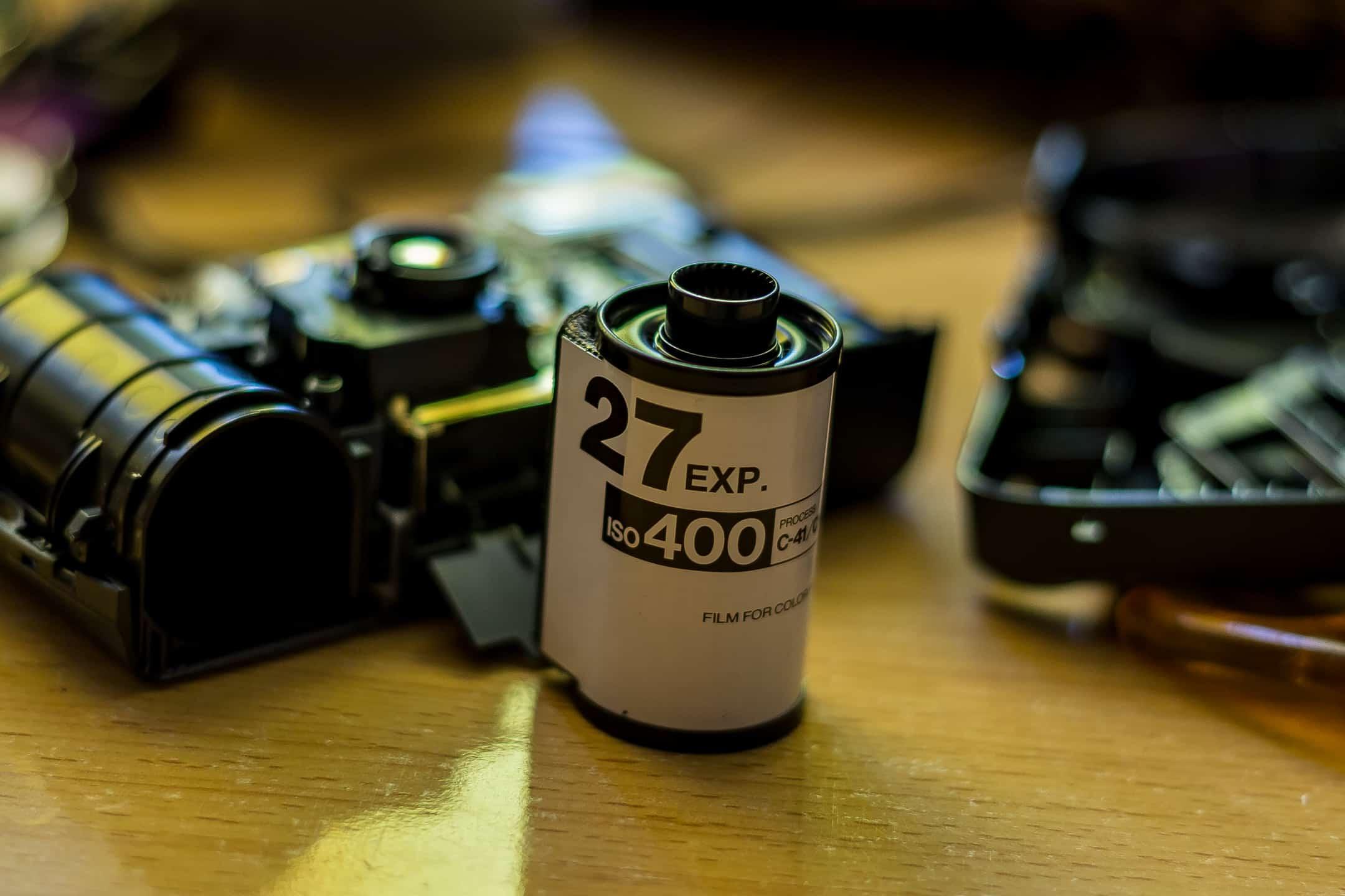 Zdjęcia aparatem jednorazowym fujifilm budowa aparatu- film c41 iso 400