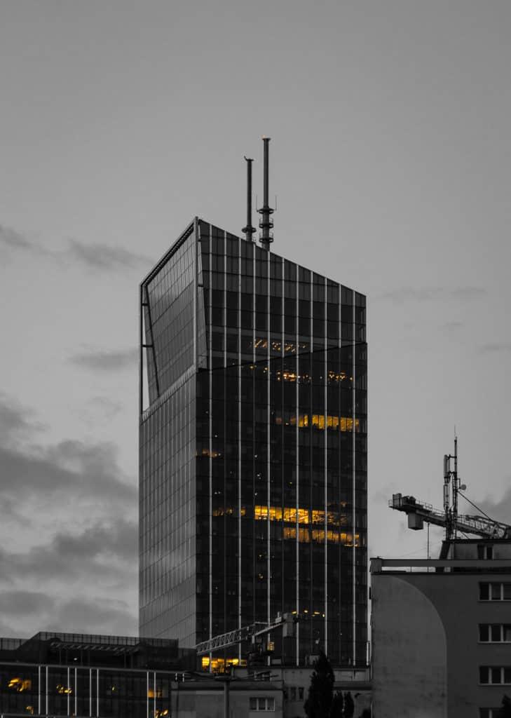 Fotografia z jednym kolorem przykłady zastosowania barw 1 729x1024 - Fotografia miejska czyli fotografie Gdańska