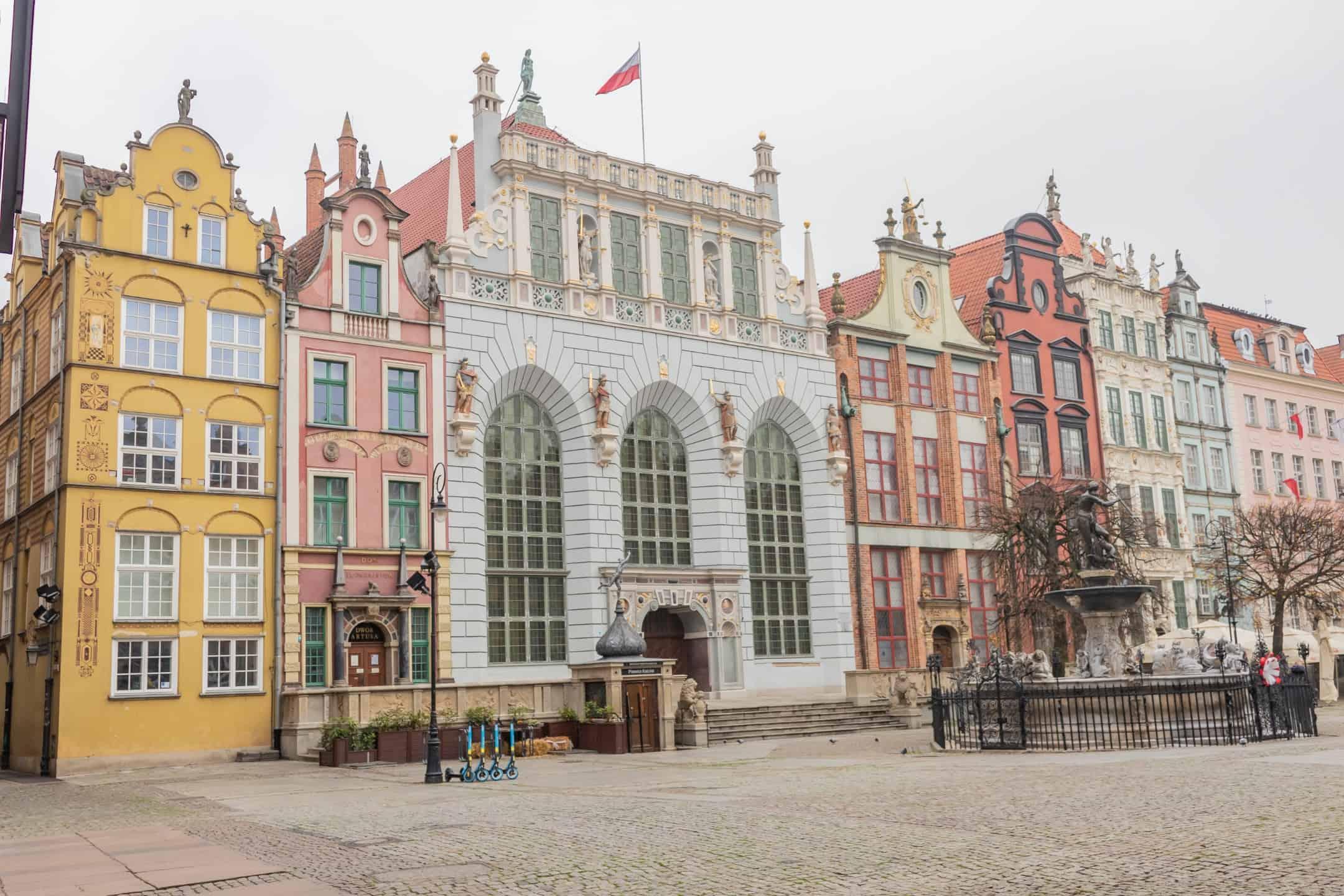 Fototeka Gdanska Dwor Artusa - Zdjęcia starego Gdańska. Kompozycja w 5 prostych krokach !